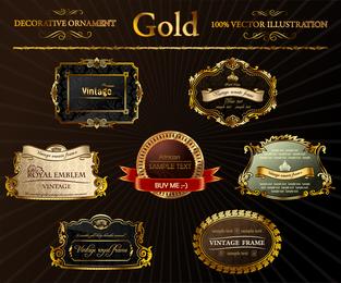 Emblemas dorados adornados.
