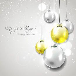 Bolas de Natal brilhante pendurado no fundo cinza