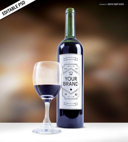 Botella de vino etiqueta maqueta PSD