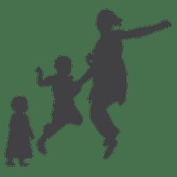 Mãe pulando com silhueta infantil e infantil
