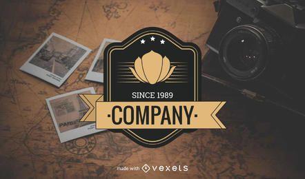 Fabricante de la plantilla del logotipo de la etiqueta dorada.