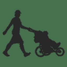 Mãe empurrando carro criança