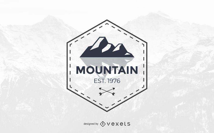 Design de modelo abstrato logotipo de montanha