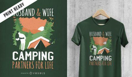 Diseño de camiseta de pareja de camping.