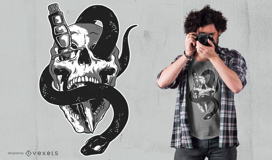 Crânio Com Cobra Design De T-shirt