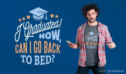 Design engraçado do t-shirt da graduação