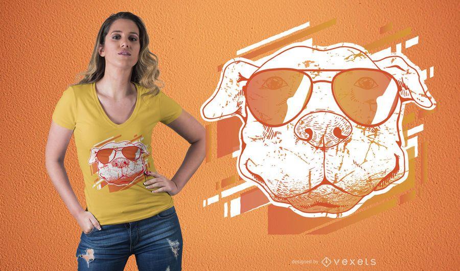 Camiseta de perro con gafas de sol de diseño.