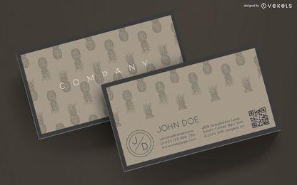 Diseño de tarjeta de visita de piñas.