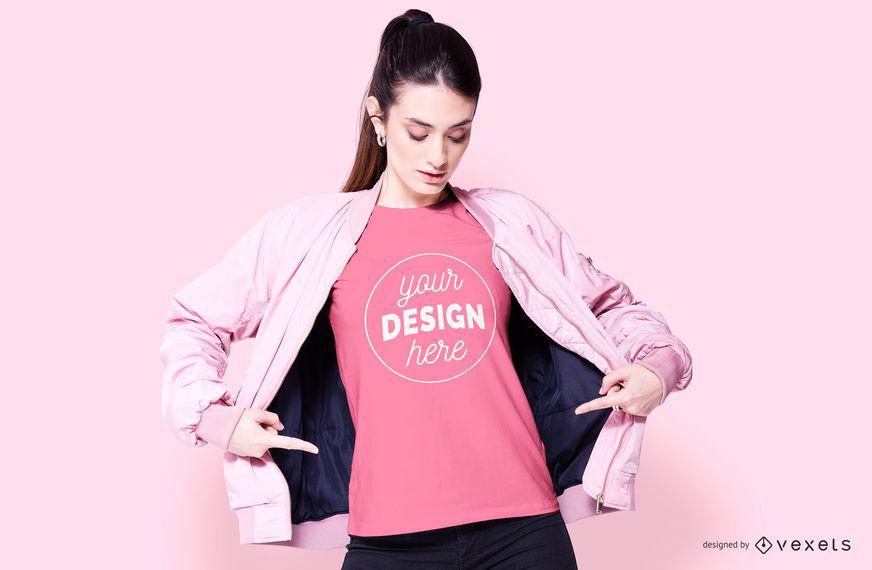 Maquete de roupas rosa modelo