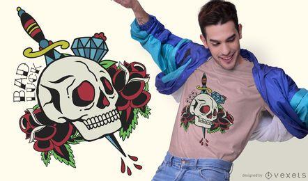 Projeto tradicional do t-shirt do tatuagem do crânio