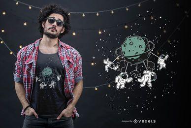 Design engraçado do t-shirt da atração do espaço