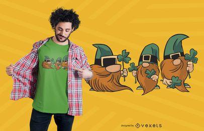 Diseño de camiseta de tréboles de gnomos.