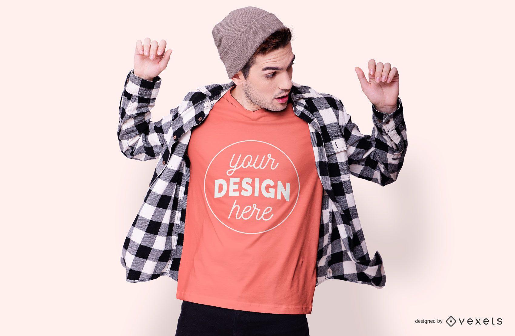 Junge mit Mütze T-Shirt Mockup