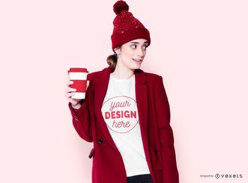 Garota de inverno com design de camiseta de café