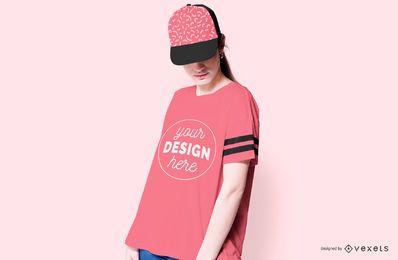 Modelo de camiseta y gorra