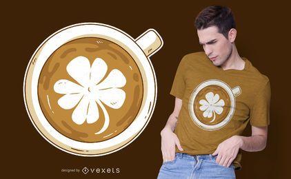Design de camiseta trevo Latte art