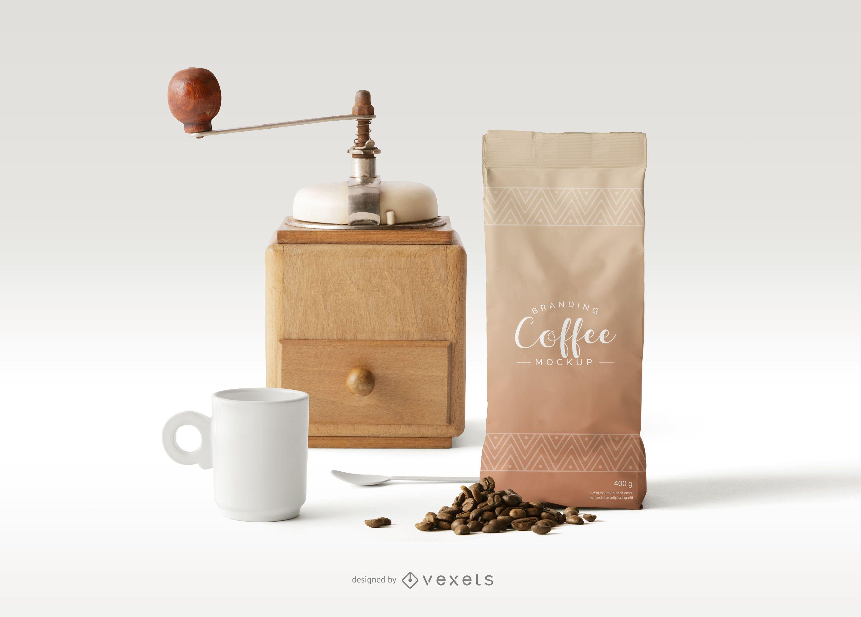 Maqueta de composición de objetos de empaque de café