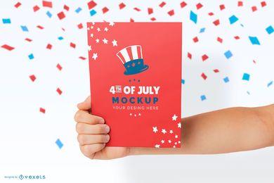 Maqueta de mano de tarjeta del 4 de julio