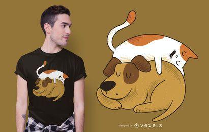Schlafender T-Shirt-Entwurf der Katze und des Hundes