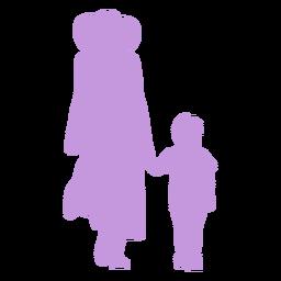 Mãe e filho caminhando em silhueta