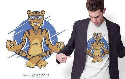 Diseño de camiseta de tigre meditando