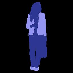 Mujer de negocios caminando frente mirando a la izquierda