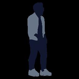 Moda masculina caminando hacia la derecha