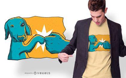 Projeto do t-shirt da colisão do punho de cão