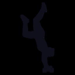 Truques de skatista de mulher de silhueta