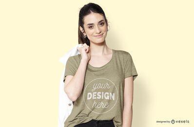 Menina com design de jaqueta e camiseta
