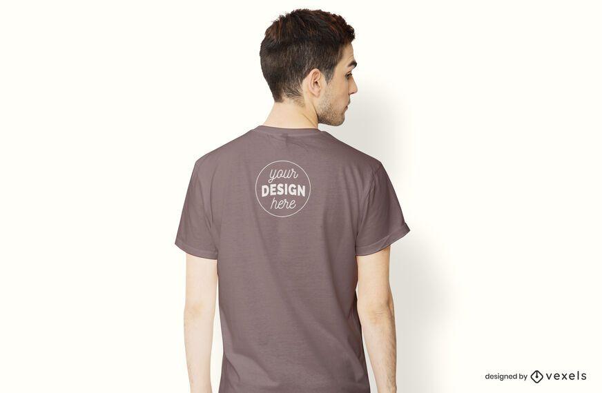 Maquete de t-shirt modelo volta