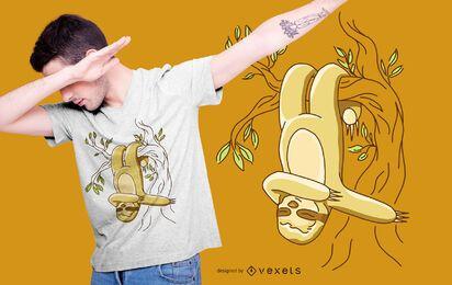 Diseño de camiseta de perezoso colgante.