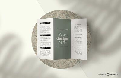Composição de maquete de tríptico brochura