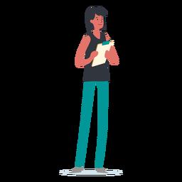 Mujer de pie con tablero de apoyo de escritura