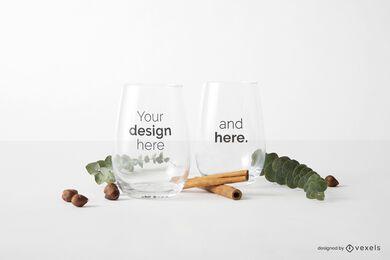Composição de maquete de copos de vidro