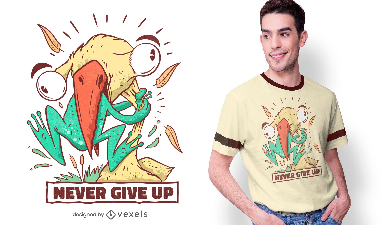 Diseño de camiseta pájaro comiendo rana