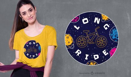 Diseño de camiseta de viaje largo.