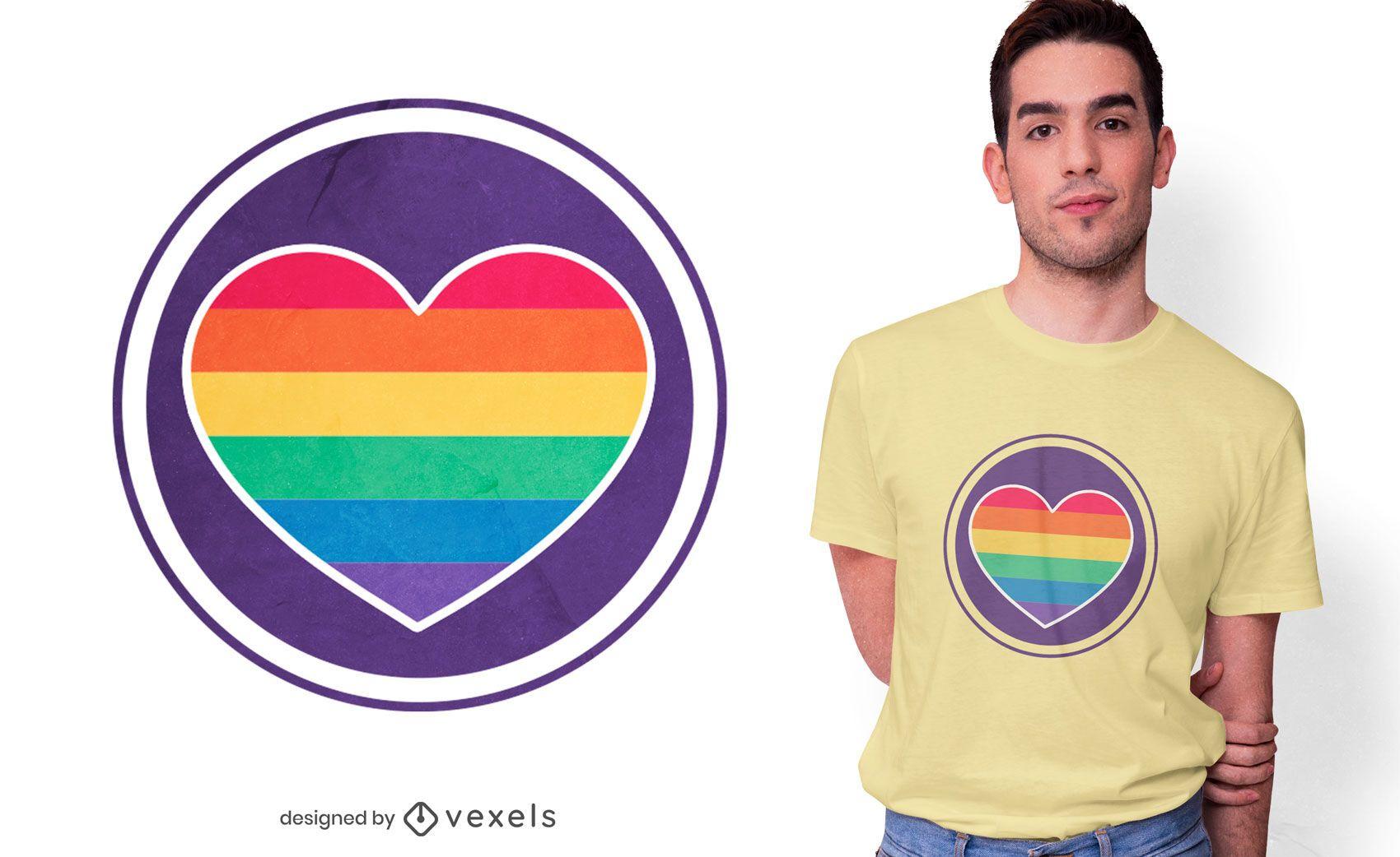 Design de camiseta com cora??o arco-?ris