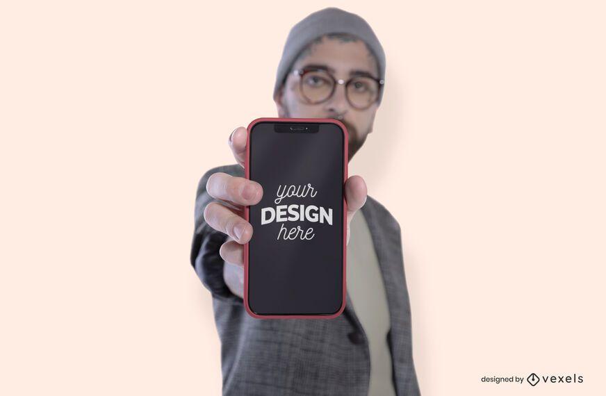 Modelo masculino con diseño de maqueta de teléfono.