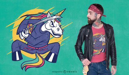 Diseño de camiseta de unicornio ninja