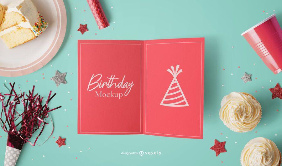 Composição de maquete de cartão de aniversário