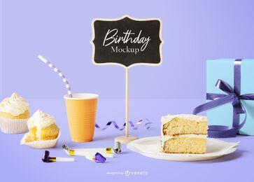 Composición de maqueta de cumpleaños de mini pizarra