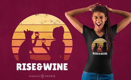 Aufstieg & Wein Sonnenuntergang T-Shirt Design