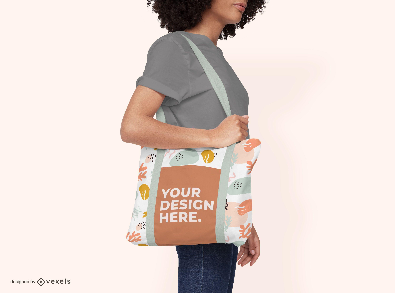 Tote bag female model mockup design