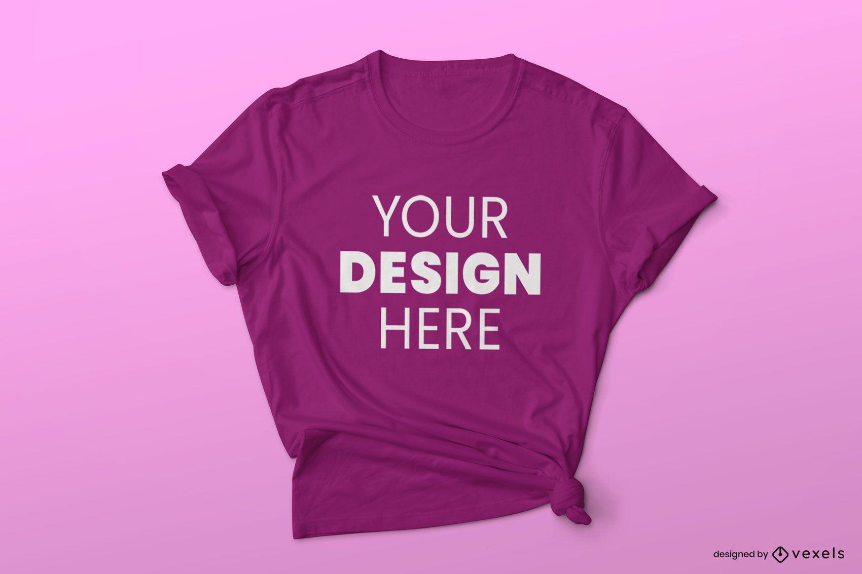 T-Shirt-Modell mit gefalteten Ärmeln