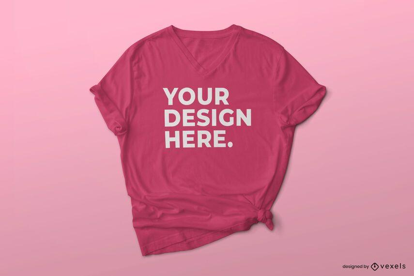 Camiseta com decote em V e maquete de nó