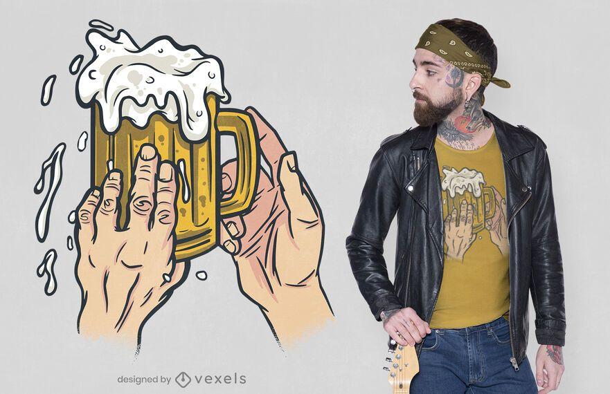 Design de camiseta de caneca de cerveja