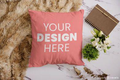 Composición de maqueta de almohada natural