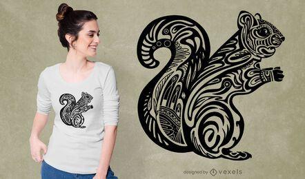 Diseño de camiseta de ardilla tribal