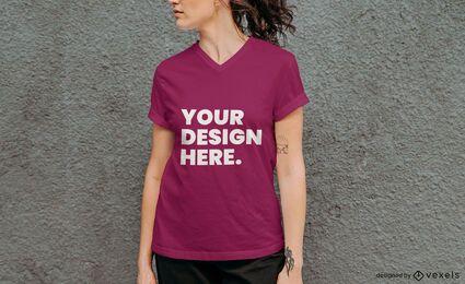 Maqueta de camiseta modelo de pared